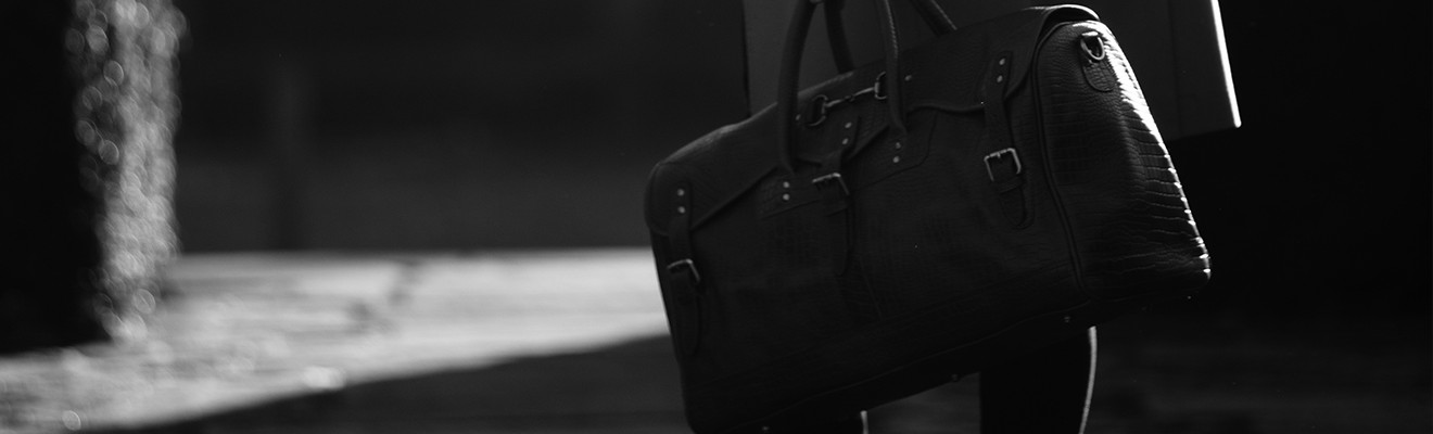 Grays-1922-Equestrian-Inspired-Leather-Holdalls
